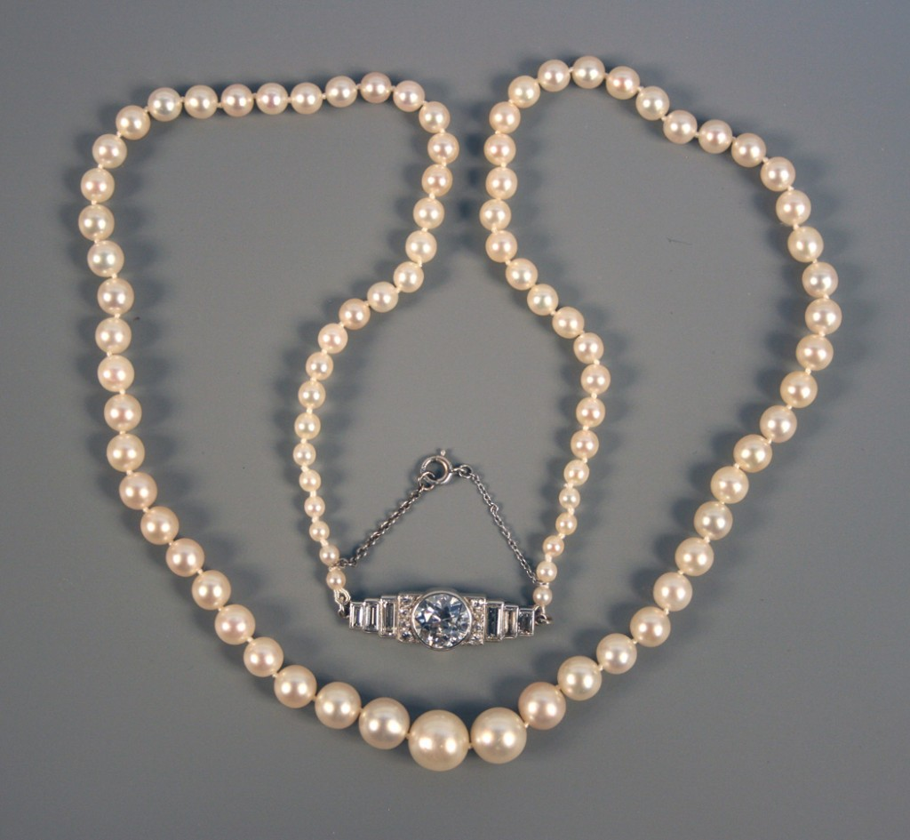 A Graduated Natural Saltwater Pearl Necklace Toovey S Blog