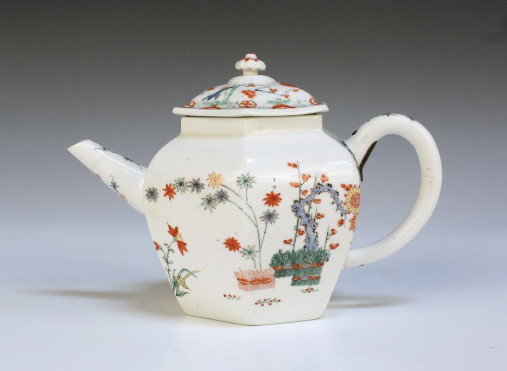 A Chelsea porcelain hexagonal teapot and cover