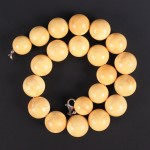 Amber bead necklace Lot 618 Jan14 Tooveys