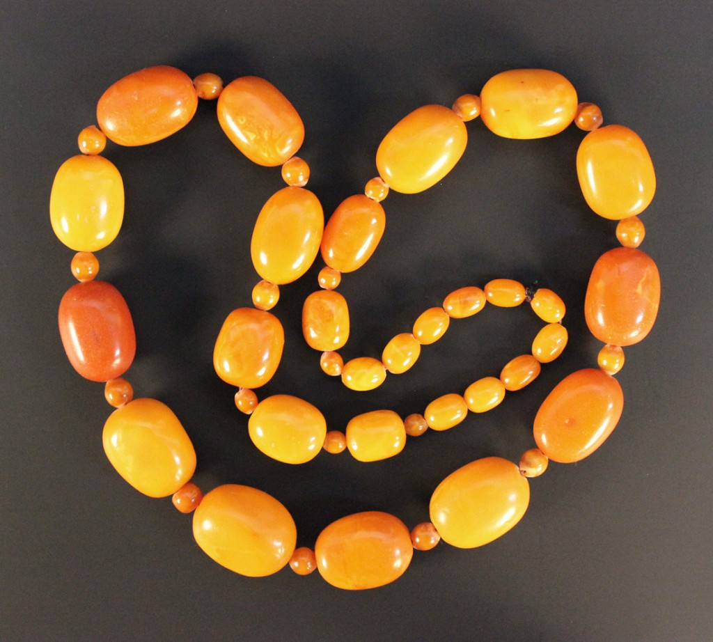 0641 - Amber Beads at Auction