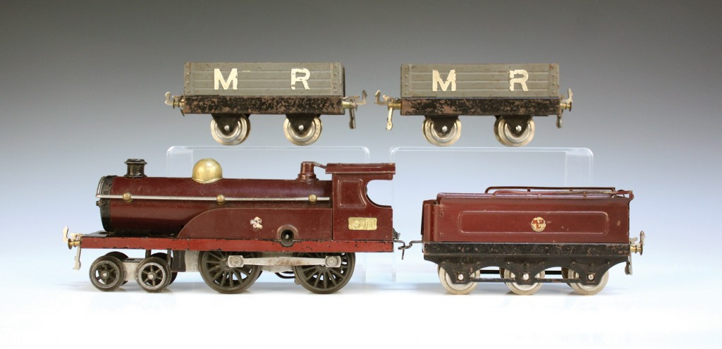 A Hornby gauge O clockwork goods train set