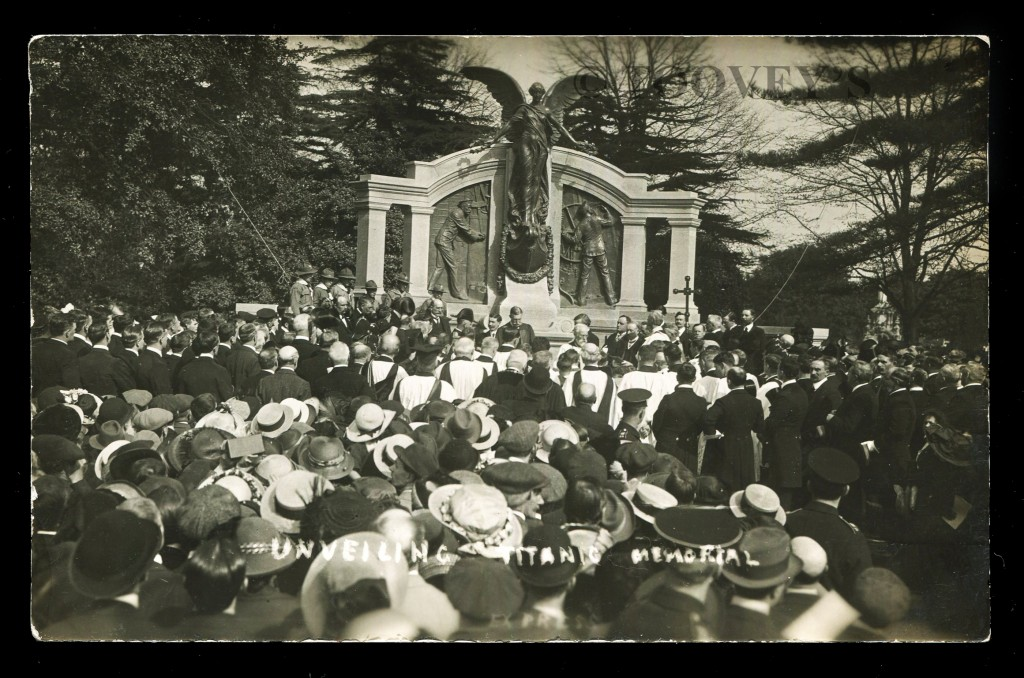 Postcard of the Unveiling of the Titanic Memorial ©Toovey's
