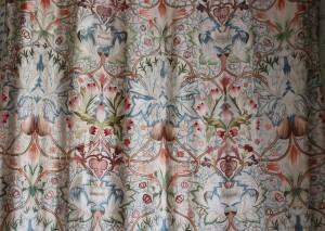 'Artichoke', a design by William Morris