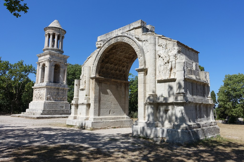 The Roman Les Antiques at Glanum in Provence