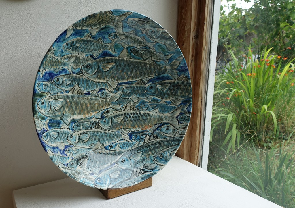 A stoneware charger titled 'Mullet' by Josse Davis