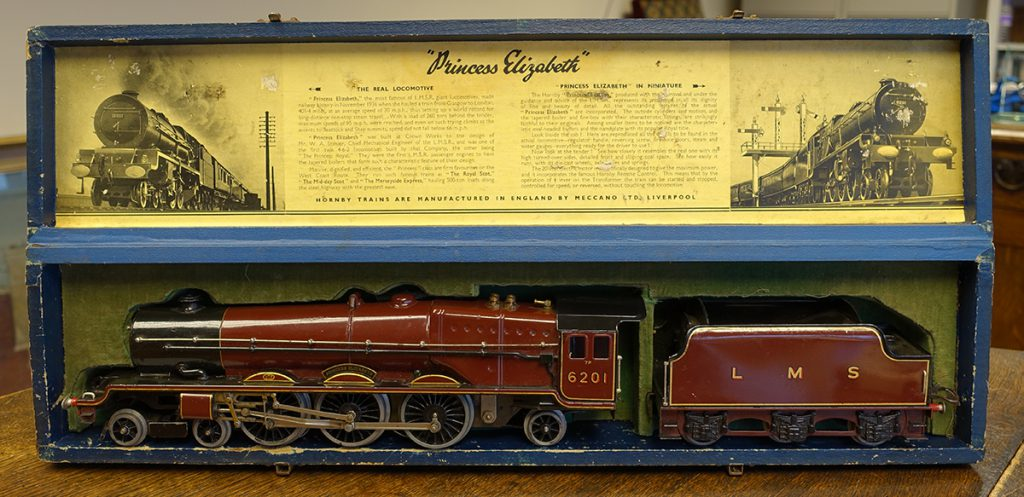 A Hornby 'Princess Elizabeth' O Gauge electric train with original box
