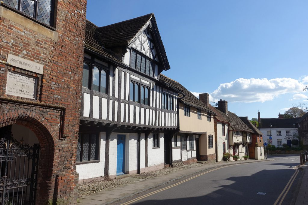 Late-medieval buildings in Church Street, Steyning following the earlier Saxon tradition