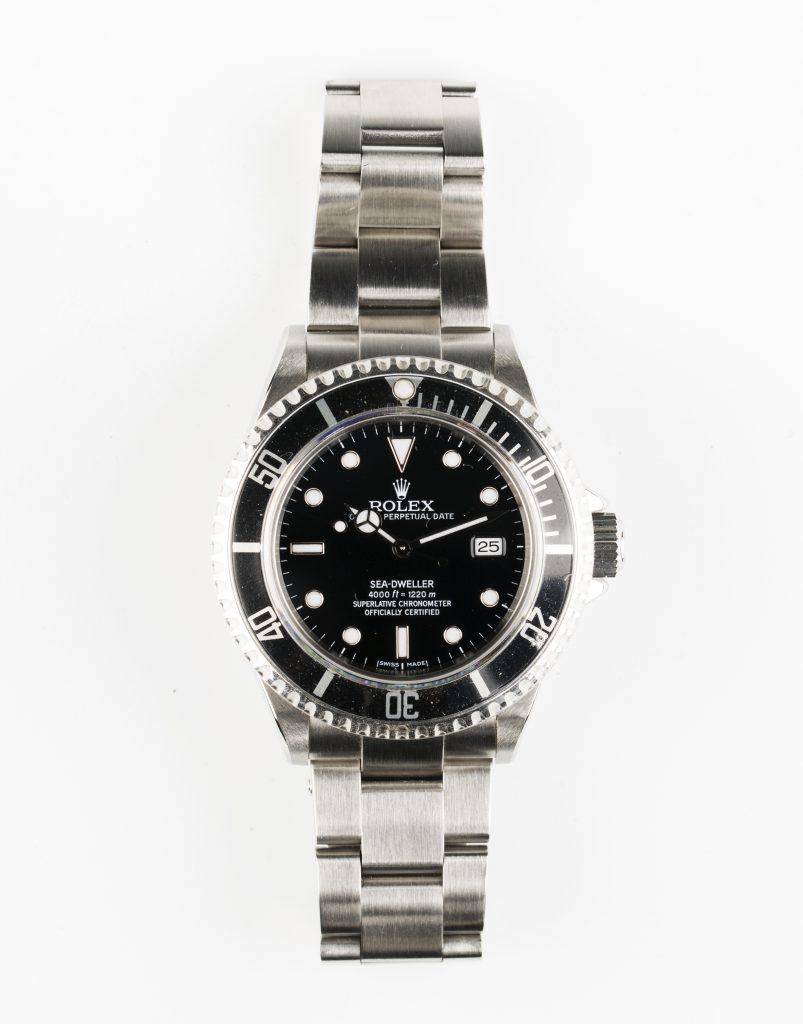 A Rolex Oyster Perpetual Date Submariner Sea Dweller 4000 gentleman's steel bracelet wristwatch, circa 2006