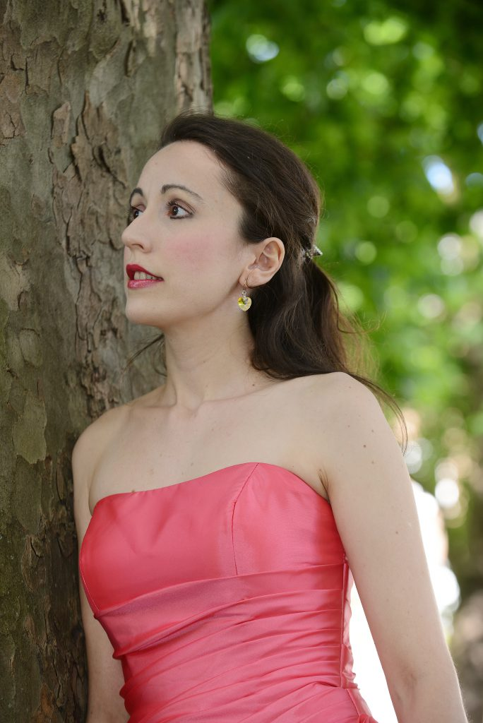 Acclaimed British pianist, Maria Marchant