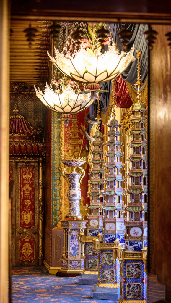 The Chinese porcelain pagodas, circa 1803, with English additions, at the Royal Pavilion Brighton © HM Queen Elizabeth II, 2019.